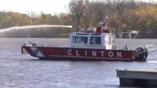 Clinton Iowa Get's New Fire Boat