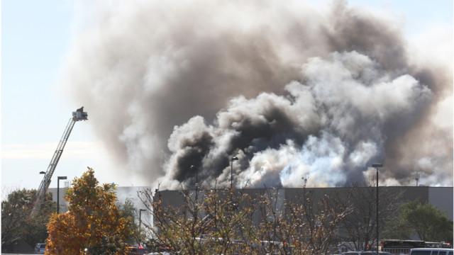 Four Dead, Five Hurt When Plane Hits Kan. Building