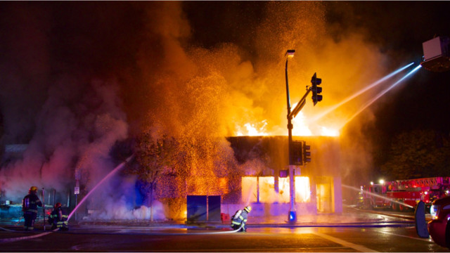 Photo Story: Blaze Destroys Minneapolis Businesses