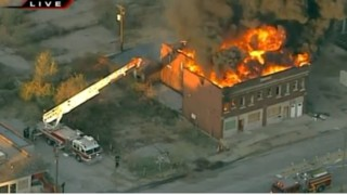 Flames Engulf Vacant Mo. Building