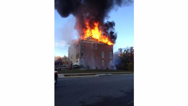 waldorf  md  firefighters tackling townhouse fire