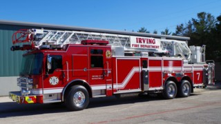 Pierce Delivers Three Dash CF Pumpers, Ladder to Irving, Texas