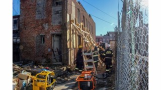 Man Escapes House Collapse, Gets Away from Baltimore Police