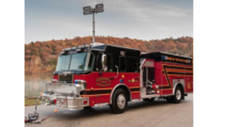Engine 6 Helps Firefighters Protect Neosho, Mo.