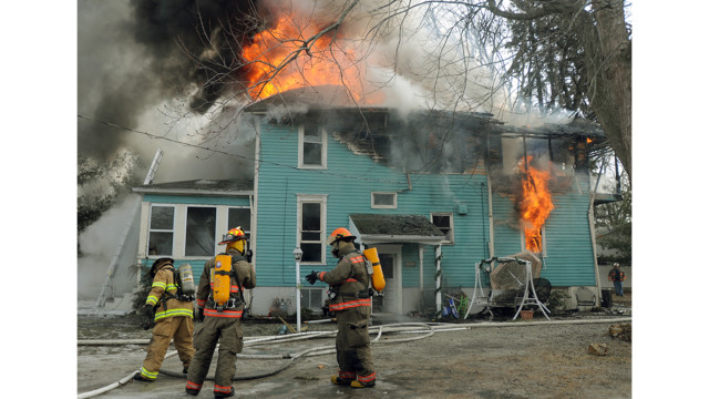 Photo Story: Winds Fuel Ill. House Fire