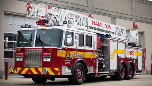 Hamilton, Ontario Firefighters Get Straight Stick Aerial