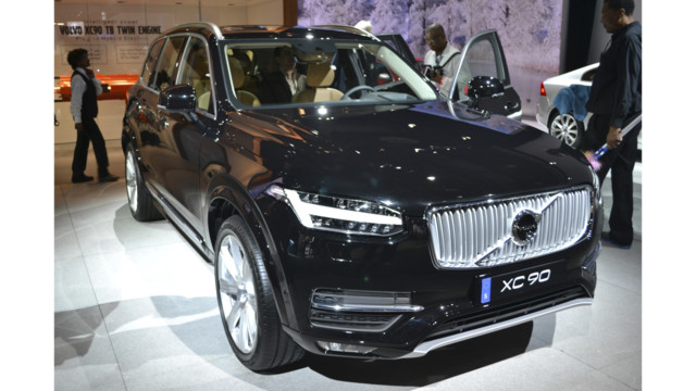 University of Extrication: Plug-In Hybrid Vehicle  Identification: Volvo XC90 T8