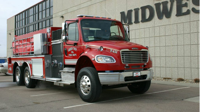 Green Twp., Ind., Volunteers Get New Pumper/Tanker