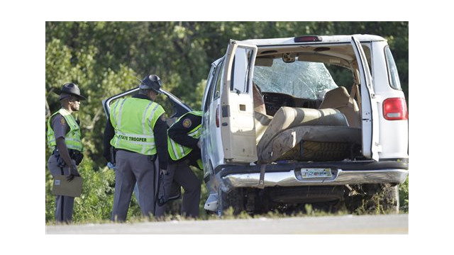 Eight Dead, 10 Hurt in Fla. Van Crash