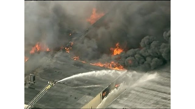 Firefighters Battle Fla. Warehouse Fire