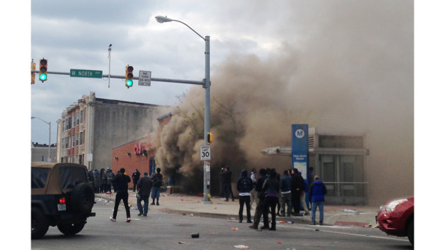 Live: Baltimore Rioters Set CVS on Fire, Cut Hoses