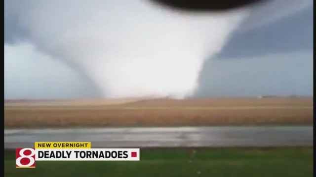 Deadly Twister Hits Ill. Town