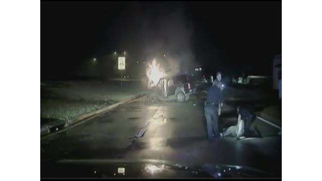 Texas Officers Rescue Driver From Burning SUV