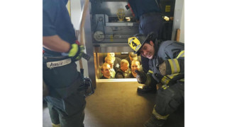 Mo. Firefighters Save Cops Stuck in Elevator