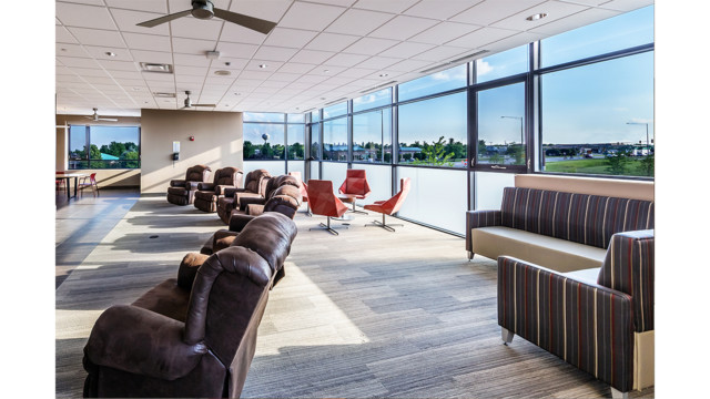 Reducing The Stress Level And Increasing Well Being Multiple Seating Areas  580f6e48c724b