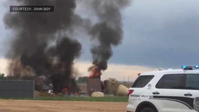 Colorado oil tank blast kills worker, spurs safety questions
