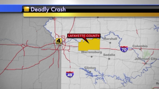 1 firefighter killed, another hurt in western Missouri crash