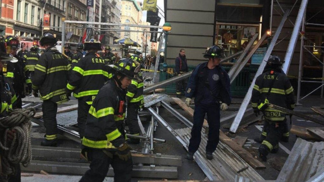 Wooden planks everywhere as scaffolding collapses into NYC street