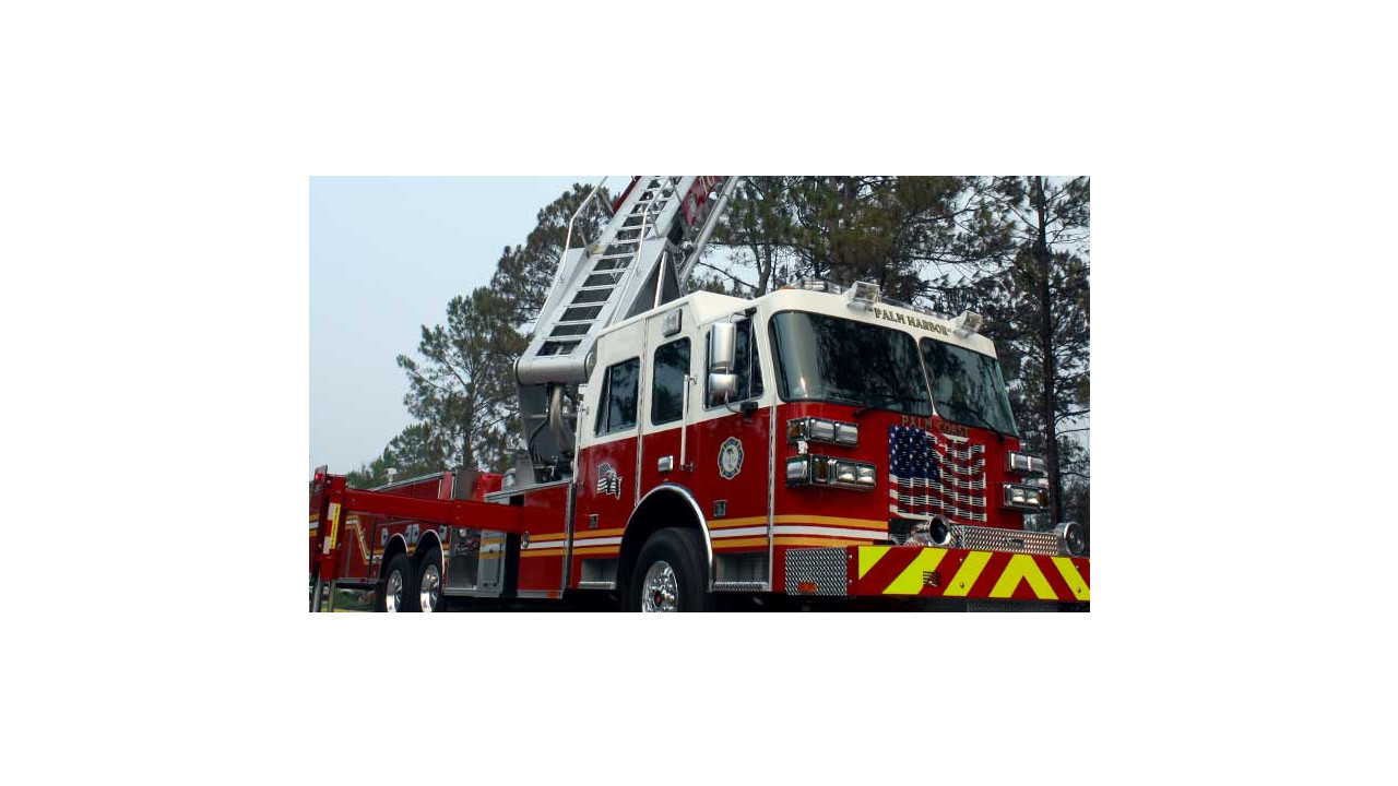Palm Coast Equipment Team Looks At Fire Department 39 S