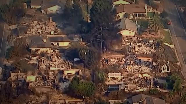California wildfire 2017: Calmer winds help firefighters battle blaze