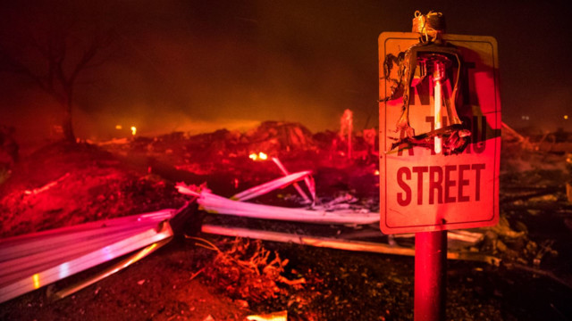 Southern California fires force 200000 people to flee