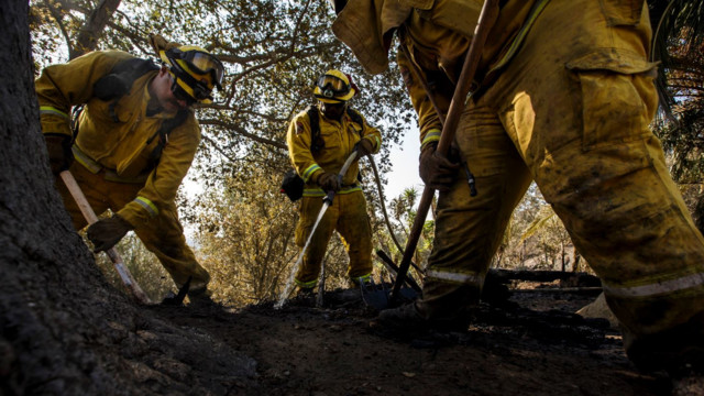 California fire growing toward celebrity enclave