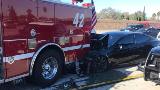 Whose fault? Tesla crashes into fire truck, driver blames autopilot