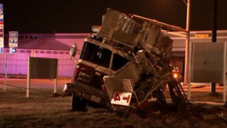 Collision Flips TX Aerial Apparatus on its Side