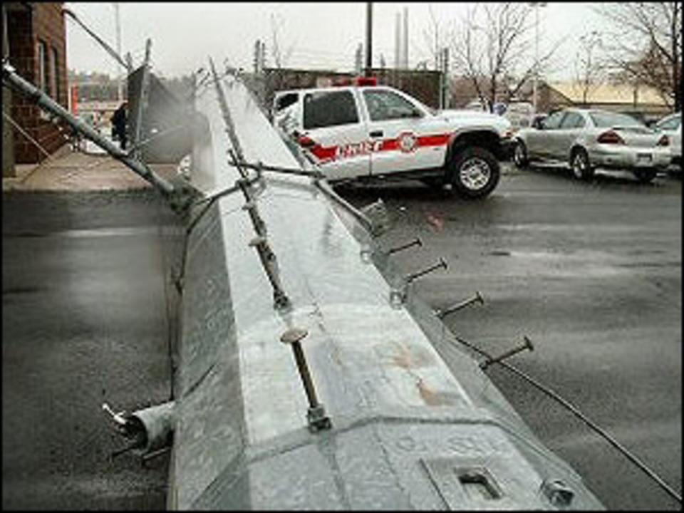 Oswego New York Cellular Tower Crushes Chief S Vehicle