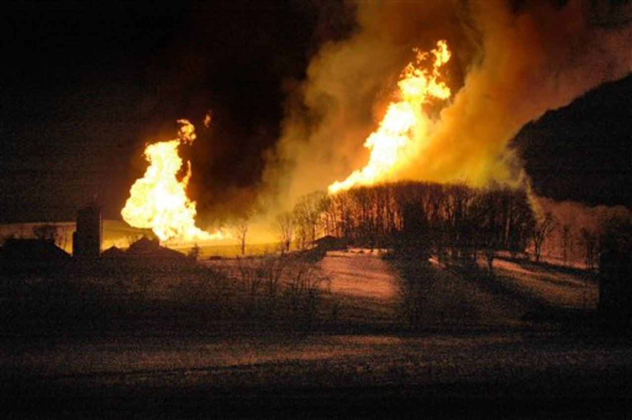 Ohio Gas Pipeline Explosion Shakes Houses