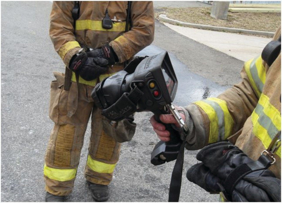 How Fireground Commanders Can Use a Thermal Imaging Camera