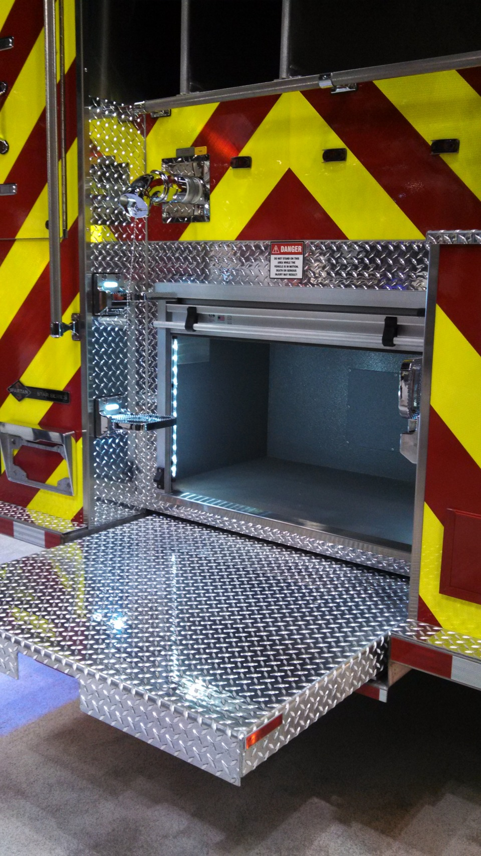 Fire Apparatus Compartment Layout Cabinet Design For