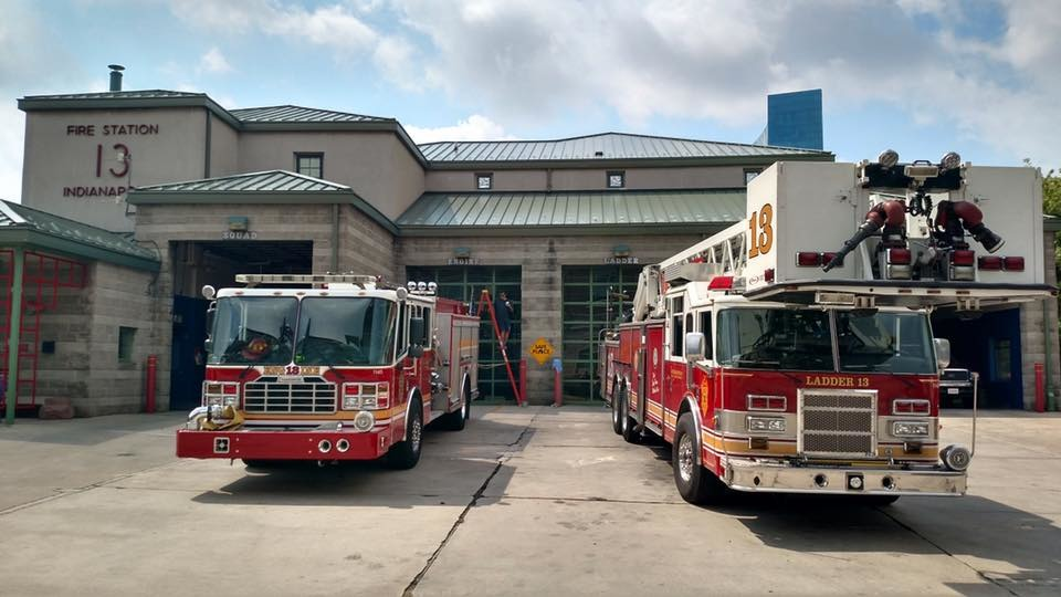 grateful citizen brings domino s pizza to hungry indianapolis firefighters domino's pizza indianapolis indiana 46219 domino's pizza indianapolis in 46227