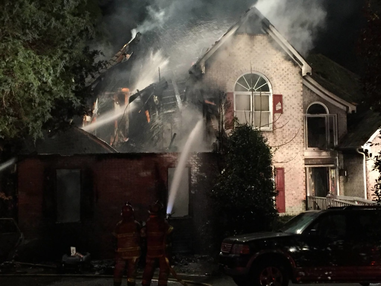 Firefighter Video News - Chesterfield County - Five Killed at House Fire