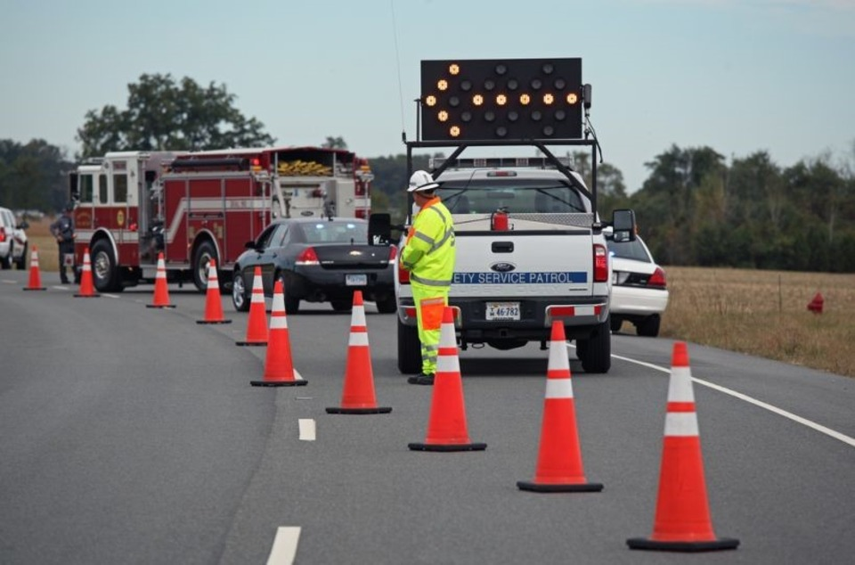 firefighter training jack sullivan roadway blocking techniques  credit virginia dot