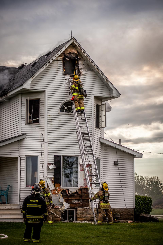 Lightning Sparks Herscher Il House Fire Fireground Photos