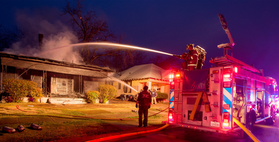 fort worth firefighters battle house fire protect exposures fireground photography glen ellman