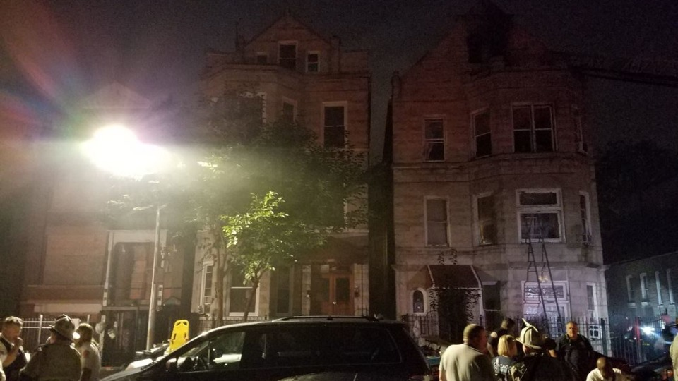 5c277c4d6b Eight People Six Children Killed Chicago Little Village Firefighters