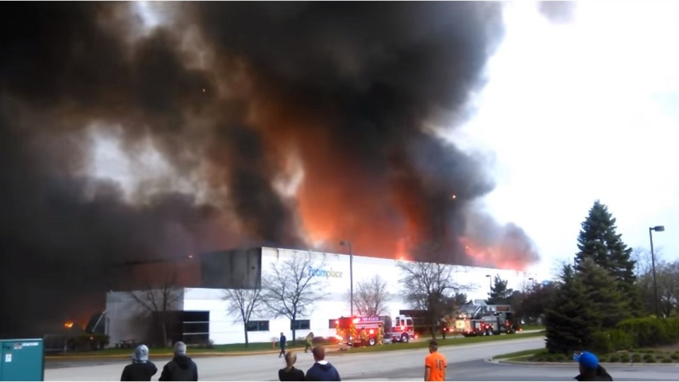 Woodridge Il Roomplace Warehouse Fire Arson Sentence