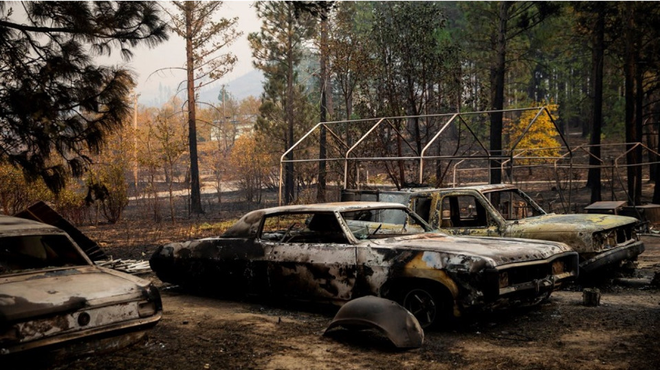 Rainstorm Helps Firefighters Increase Containment Camp