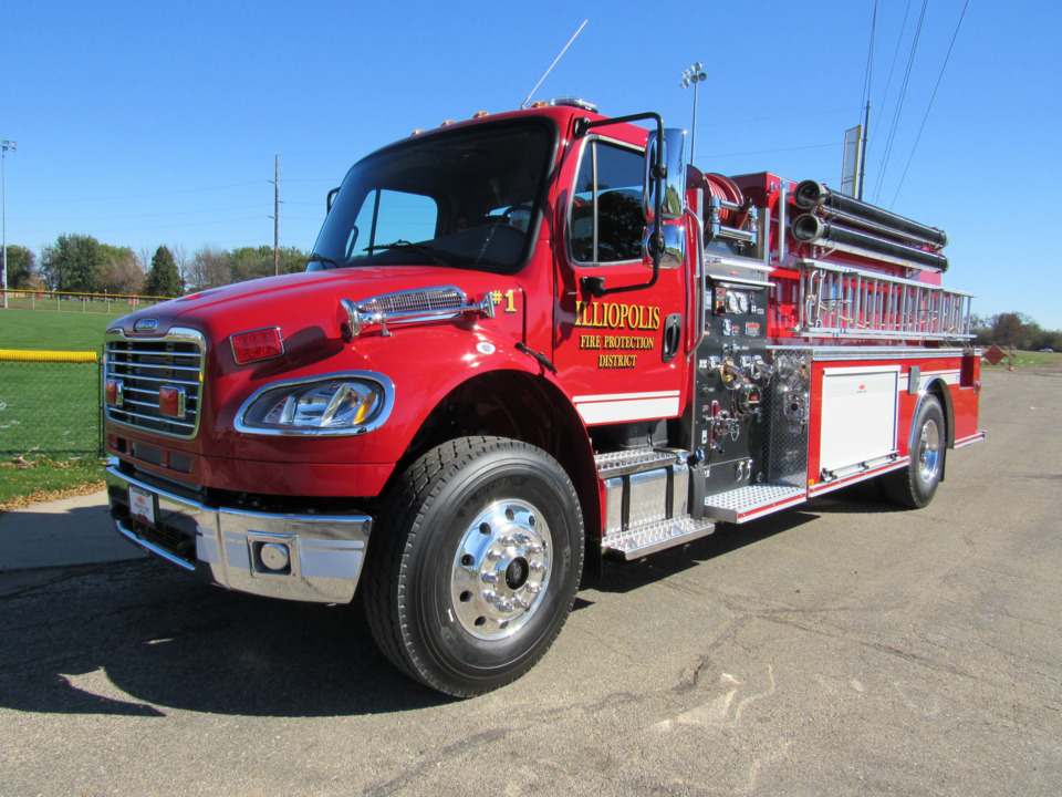 Illiopolis, IL, Gets New Tanker-Pumper Built by Midwest Fire