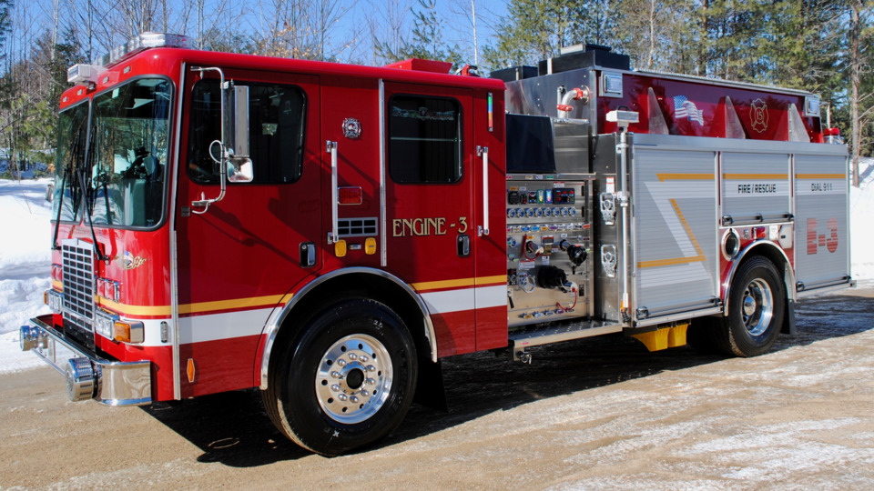 Moultonborough, NH, Fire Rescue Gets Stainless Steel Pumper
