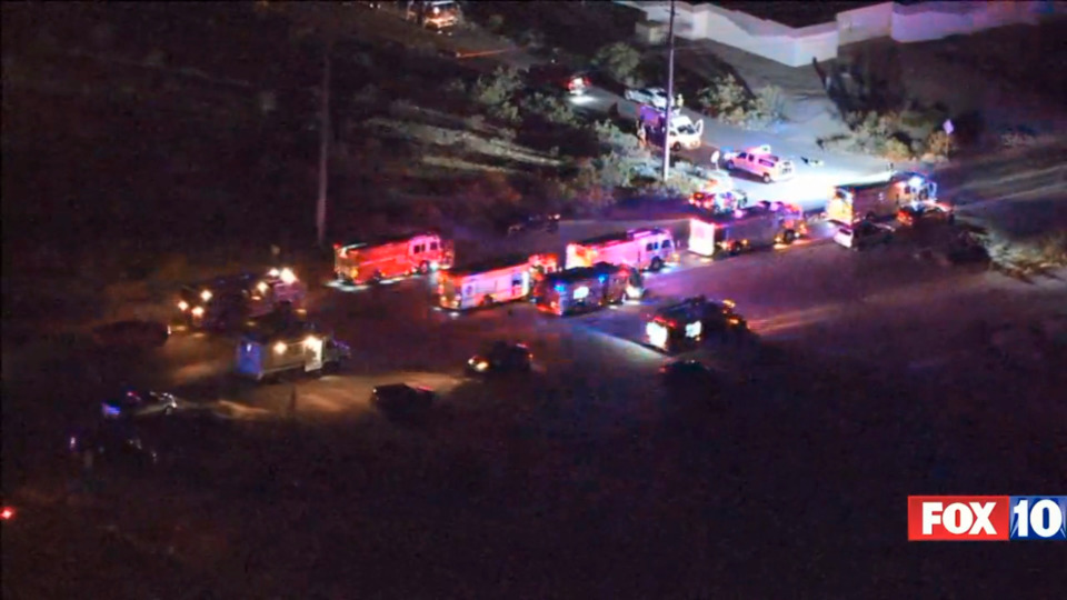 Eight Az Firefighters Injured One Critically In A Large