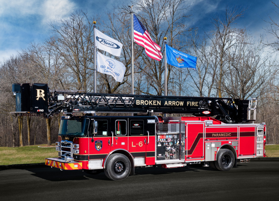 Broken Arrow Ok Fire Dept Accepts Delivery Of A 110