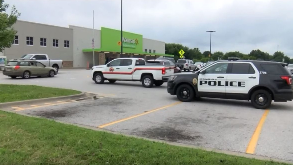 Off-Duty Firefighter Detains Armed Man at Springfield MO Walmart