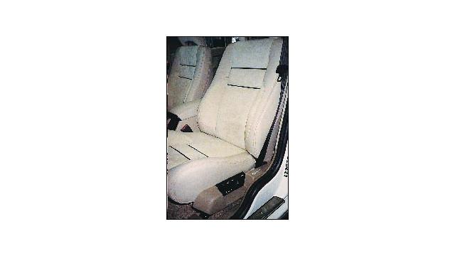 Volvo2_10568682.psd