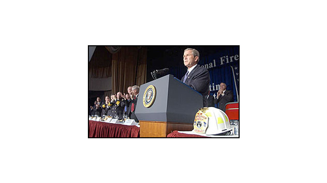 President-Bush-Supports-First-Responders-at-National-Fire-and-Emergency-Services-Dinner.jpg_10574613.jpg