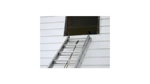ladder3.jpg_10702050.jpg