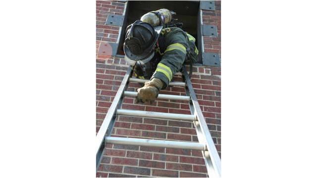 ladder5.jpg_10702052.jpg