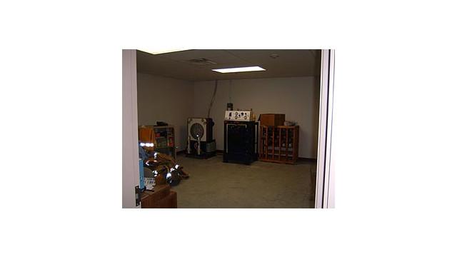 SCBA-Room.jpg_10619951.jpg